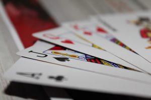 cards playing game gambling casino 300x200 - cards-playing-game-gambling-casino